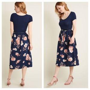 [Modcloth] Patio Gathering Navy Floral Midi Dress
